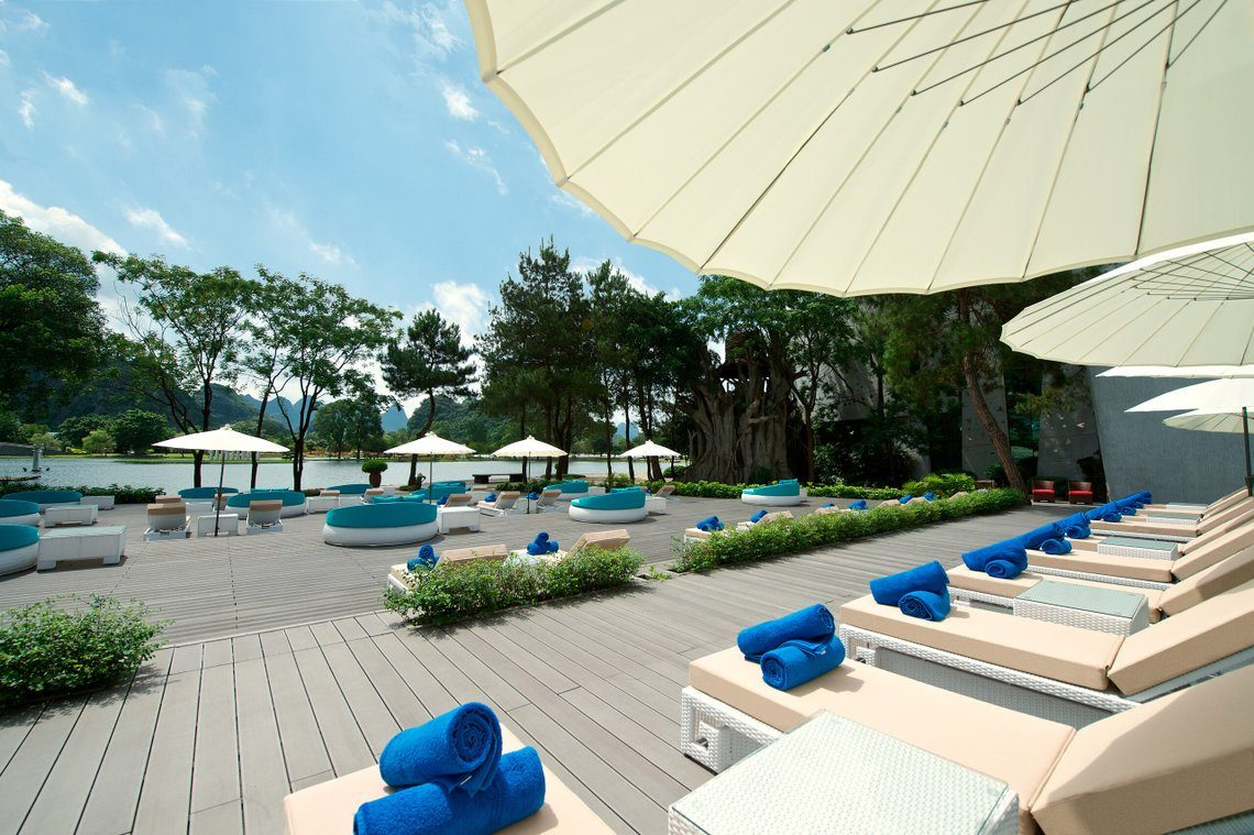 Zen daytime lounge area at Club Med Guilin