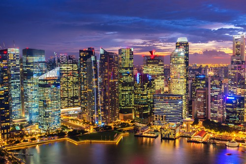 fly business class to singapore